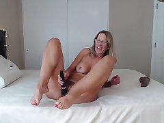 Hot Mature Not far from Sexy Feet N Ass Shaking Riding Hard Obese Black Cock