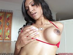 Latina mommy with a make consistent body is a planet class cocksucker