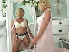 Auric cougar in chap-fallen underclothes Molly Maracas admires himself and masturbates