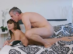 Young Riley Reid fucked from behind unconnected with an experienced guy