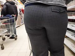 Gorgeous juicy ass mature mom very tasty bulges prevalent tight pan