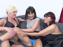 Lesbian full-grown amateur threesome in Evita S. and Petunia