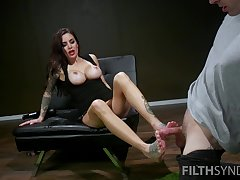 After pussy licking Gia Dimarco gives a footjob to her horny lover