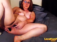Milf squirts vulnerable bed